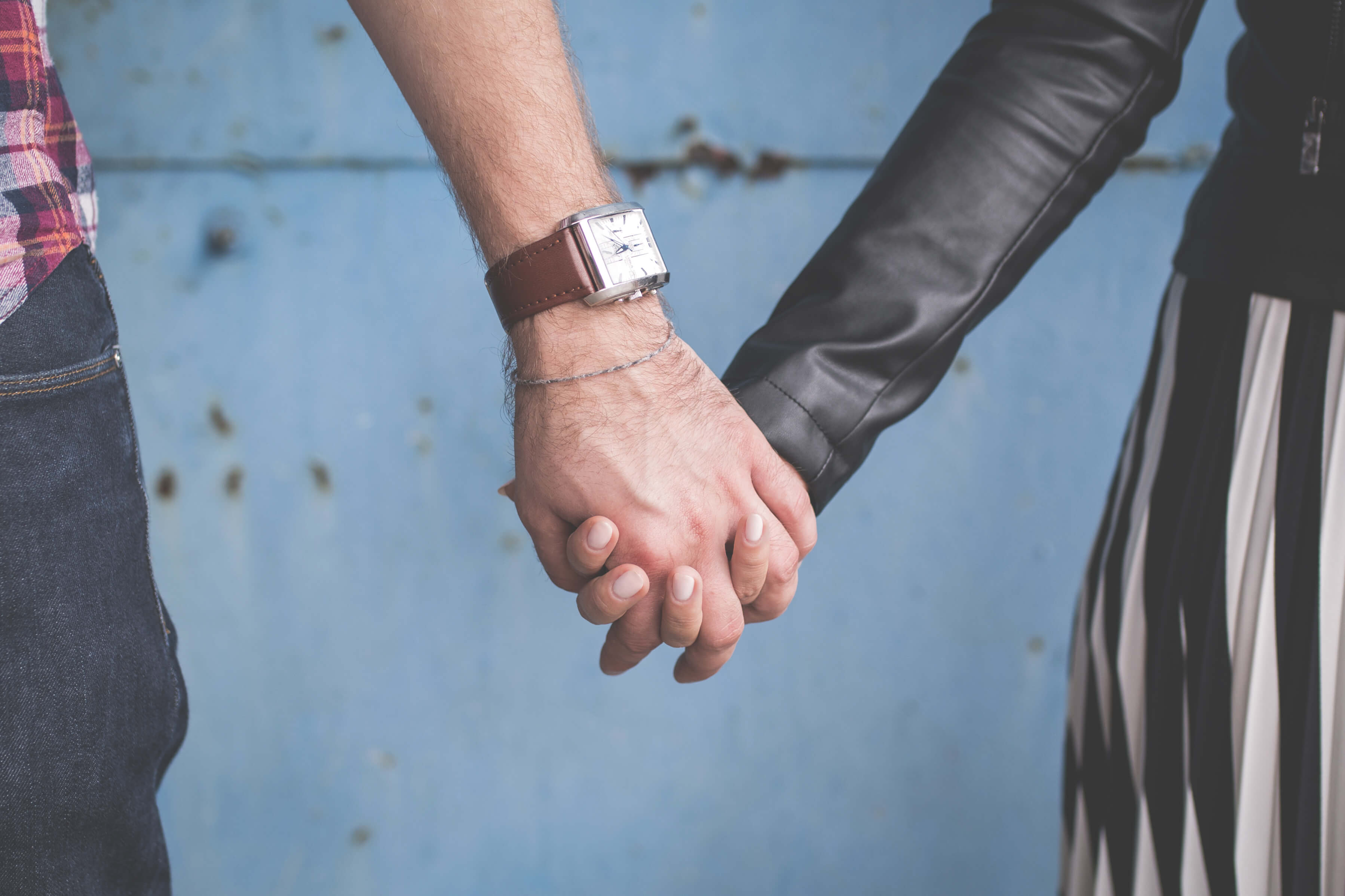 Follow These Tips to Get Back in The Dating Scene After 50