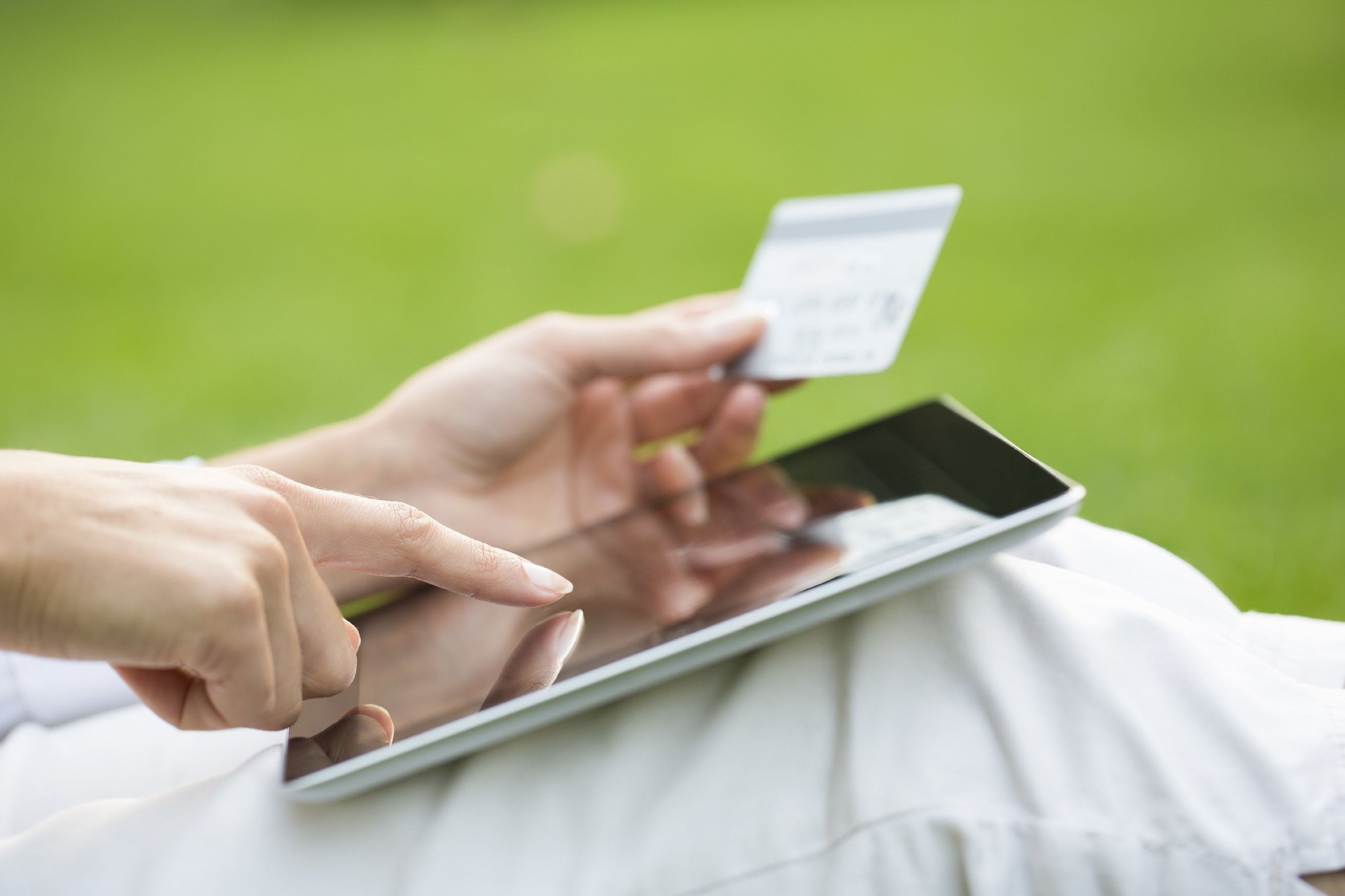 Managing Money—The Benefits of Online Banking